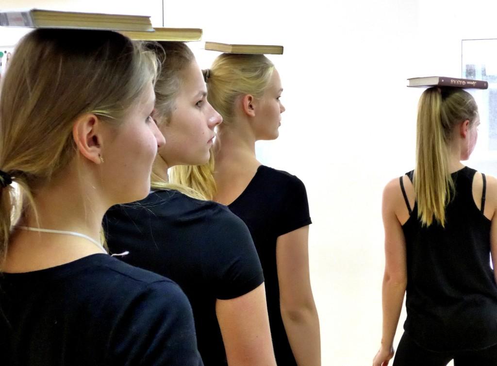 летние курсы для девочек в Риге