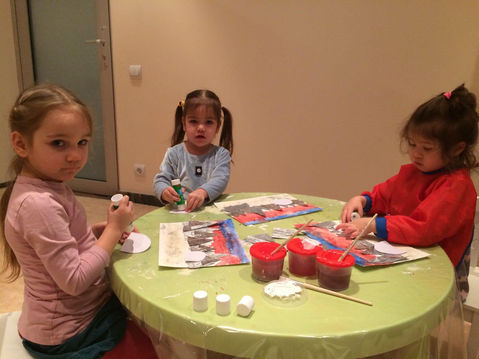 Занятия для детей в творческой мастерской в Риге
