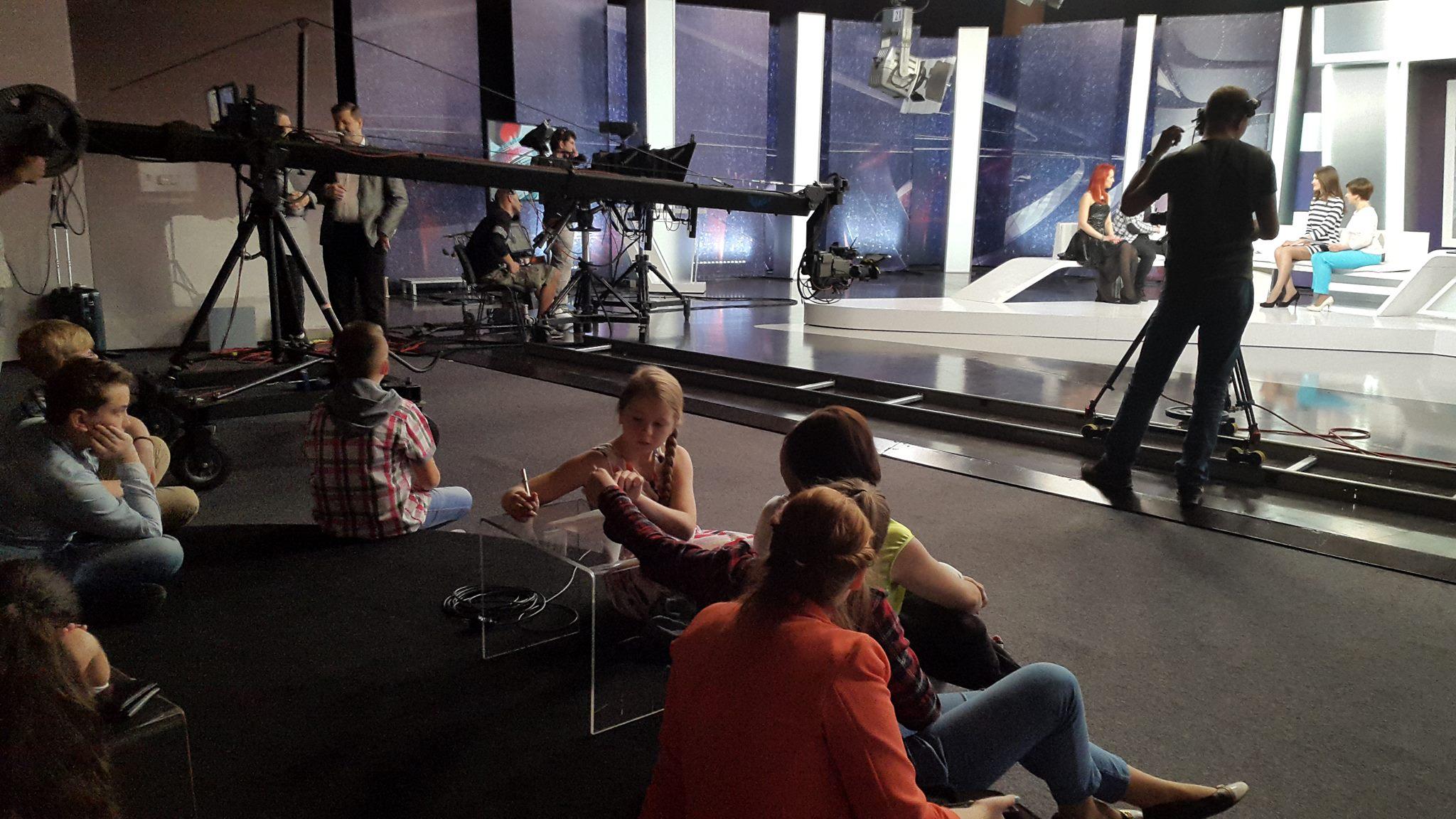 Медиа — лагерь на осенних каникулах для подростков +английский