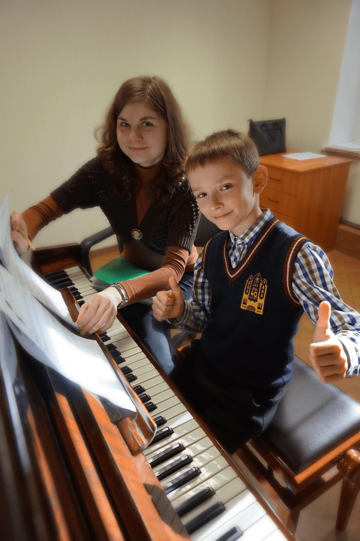Музыкальная студия для детей в Риге
