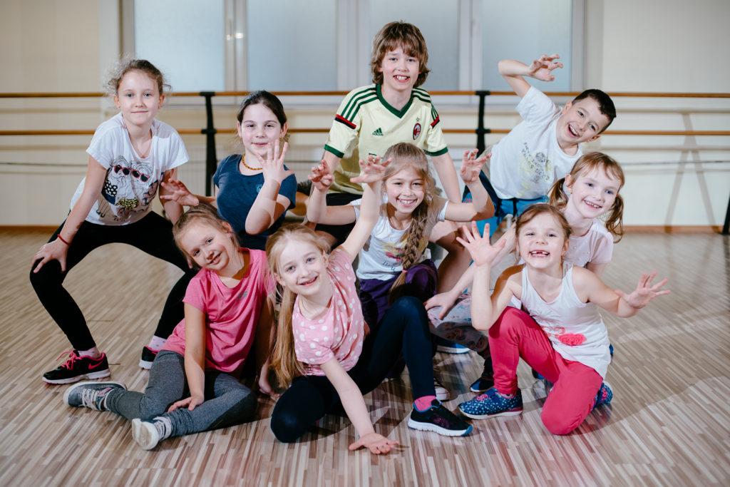 nometne berniem Rīgā