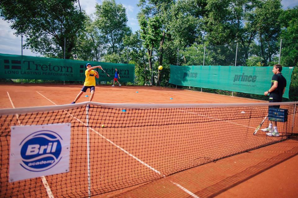 тенисный лагерь для подростков