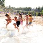 Sporta vasaras nometne pie jūras Jūrmalā