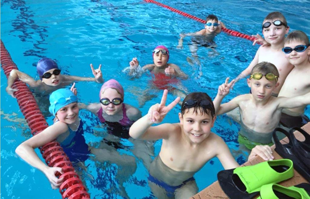 Sporta nometne ar baseinu / dejas nometne bērniem Rīgā