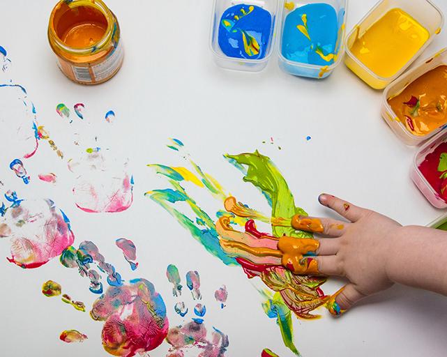 художественные занятия для детей в Юрмале