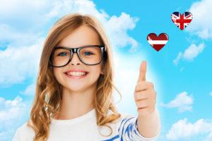 Учим английский и латышский на каникулах.