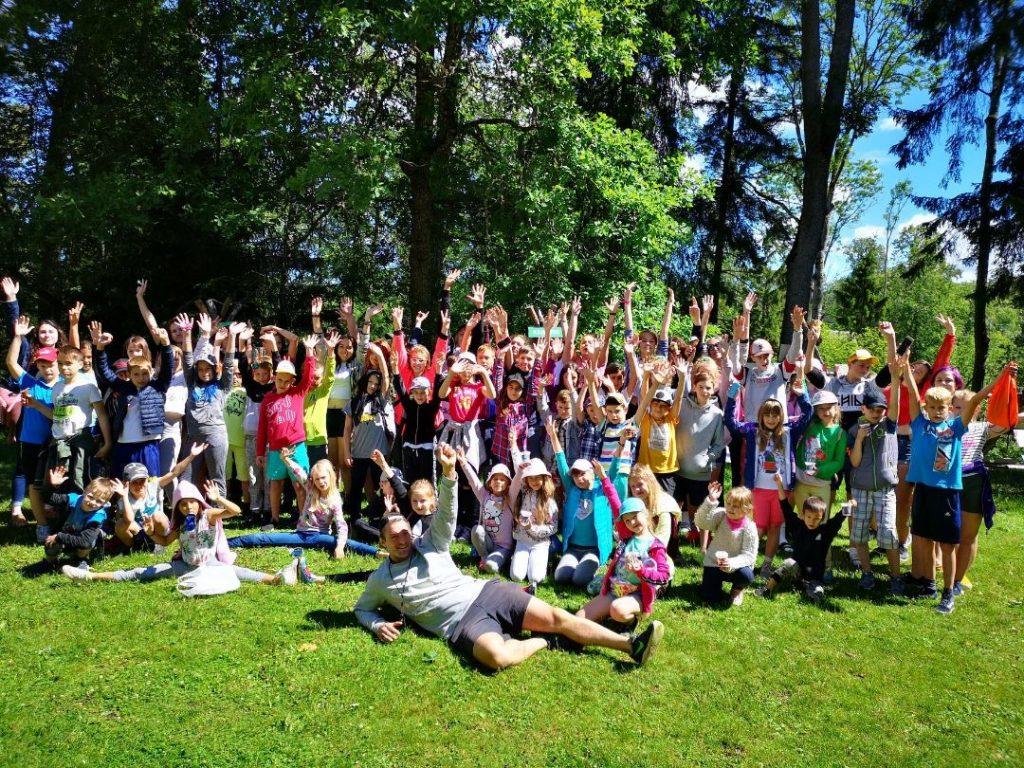 dienas nometne bērniem Rīgā